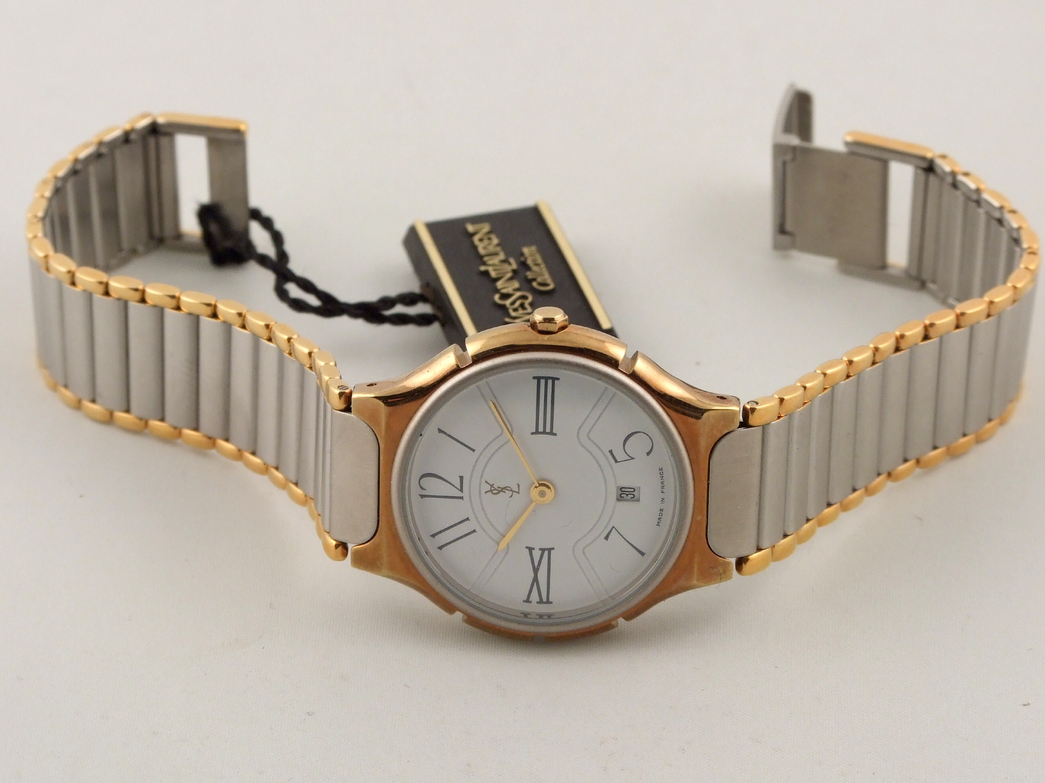 ysl yves saint laurent y212911 watch